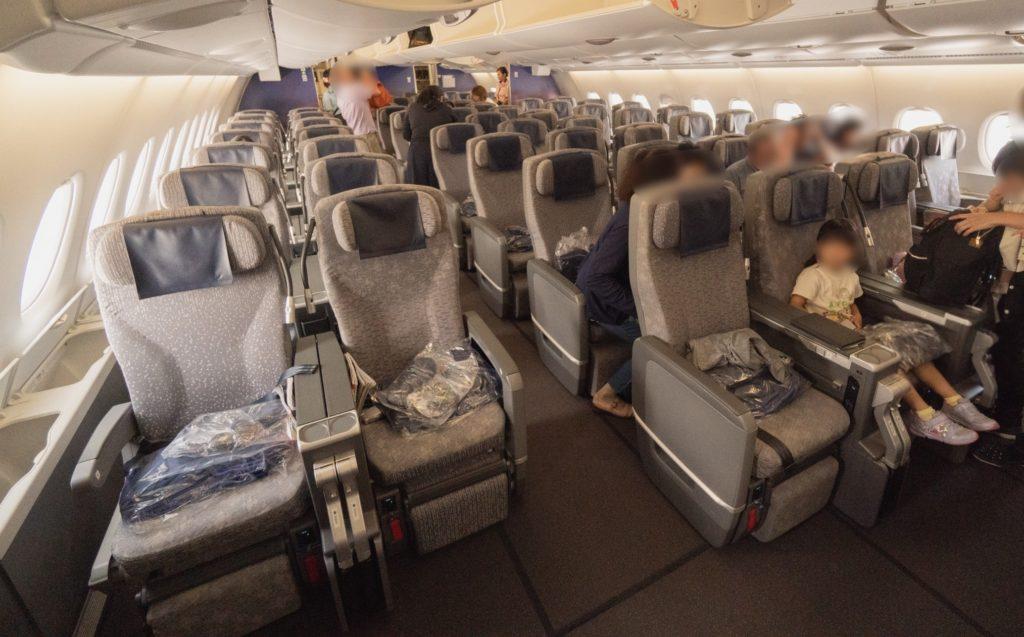 ANA A380(フライングホヌ) プレミアムエコノミー
