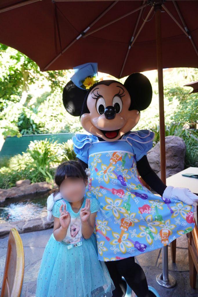 アウラニ・ディズニー マカヒキ キャラクターブレックファースト ミニーマウス