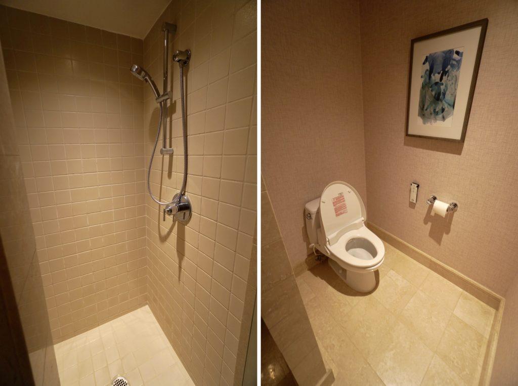 プリンス・ワイキキ オーシャンフロントハーバールーム シャワー・トイレ